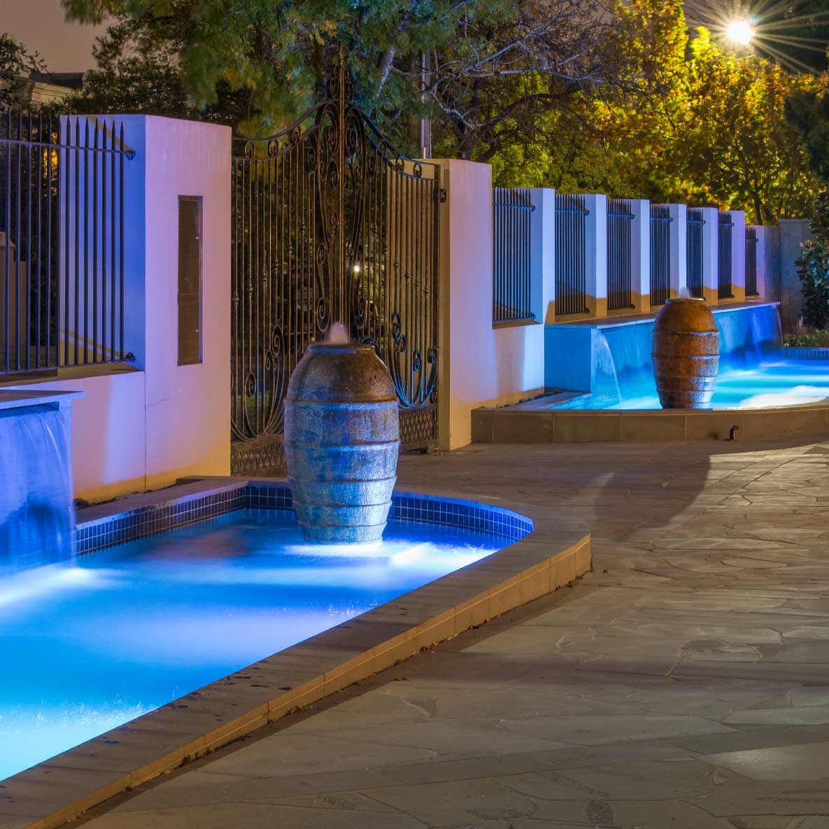 Crave-Designs-lighting-led-water-features-content01